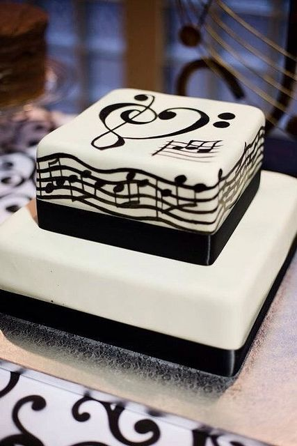 Treble and Bass Clef Notes wedding cake | Recent Photos The Commons Getty Collection Galleries World Map App ...
