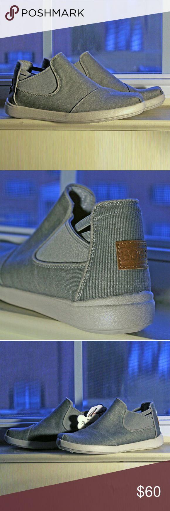 Skechers BOBS Bliss 2.0 Restart Flat (gray) Never been worn. Comfortable Memory Foam insole Lightly distressed soft woven canvas fabric upper with stretch fabric side panels Slip on mid high top casual comfort flat Skechers Bobs 34338 BOBS by Skechers Shoes