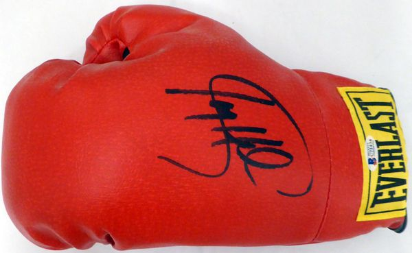Larry Holmes Autographed Red Everlast Glove Beckett BAS #C71434