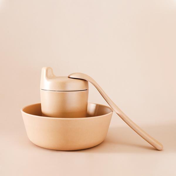 Kid S Bamboo Dinnerware Set Shoppigment Com Kids Dinnerware Dinnerware Set Dinnerware