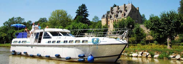 Canal boat France - Houseboat Hire in France and Europe