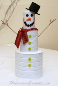 I really like this cute DIY snowman can! Wonder if I can scrounge up enough materials to make one?