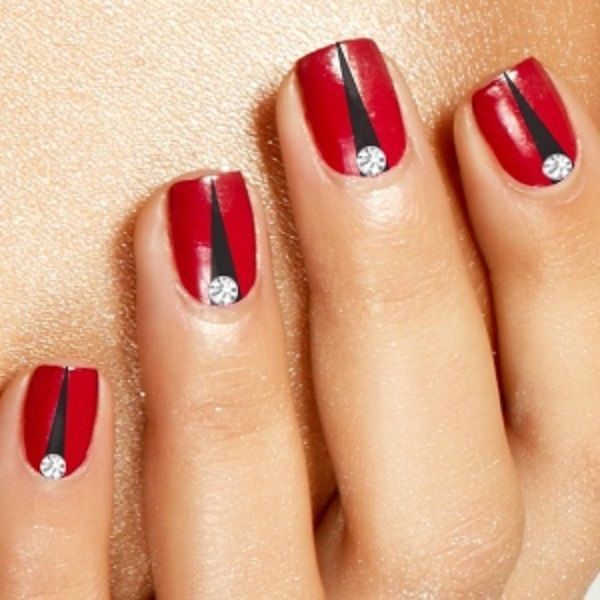 Red And Black Toe Nail Art Designs