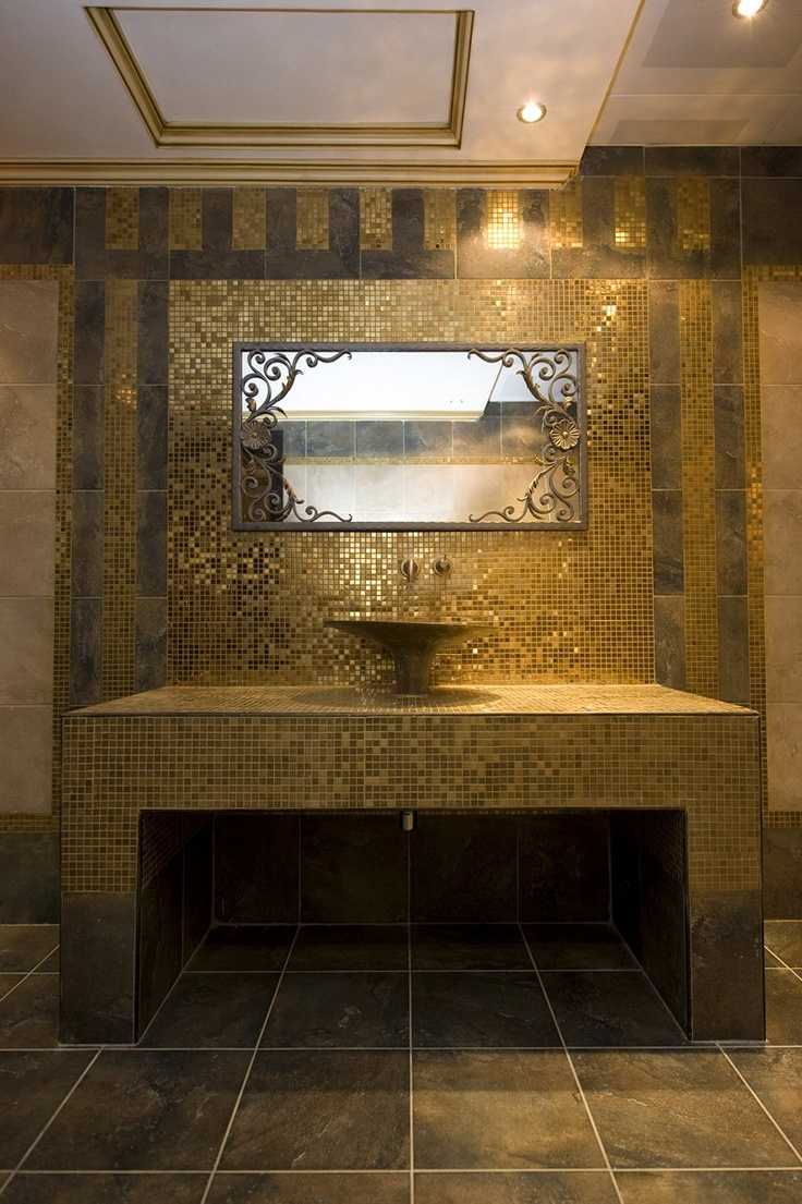 Oriental Bathroom Setting