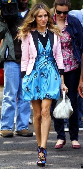 Gorgeous Proenza Schouler blue printed dress Nicholas Kirkwood shoes