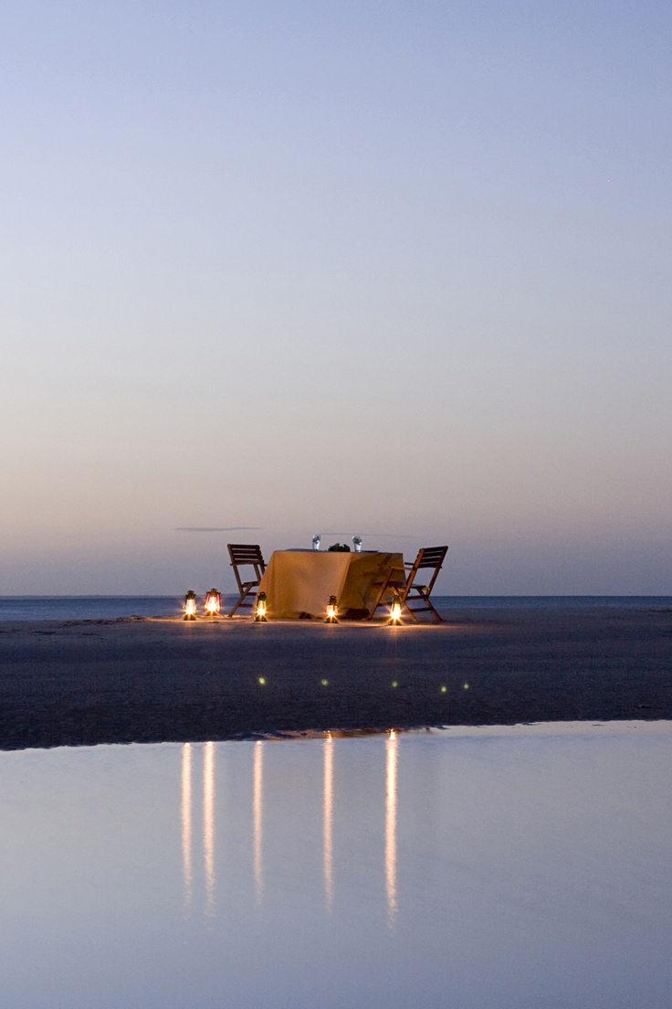 Romantic dinner at Marlin Lodge, Mozambique