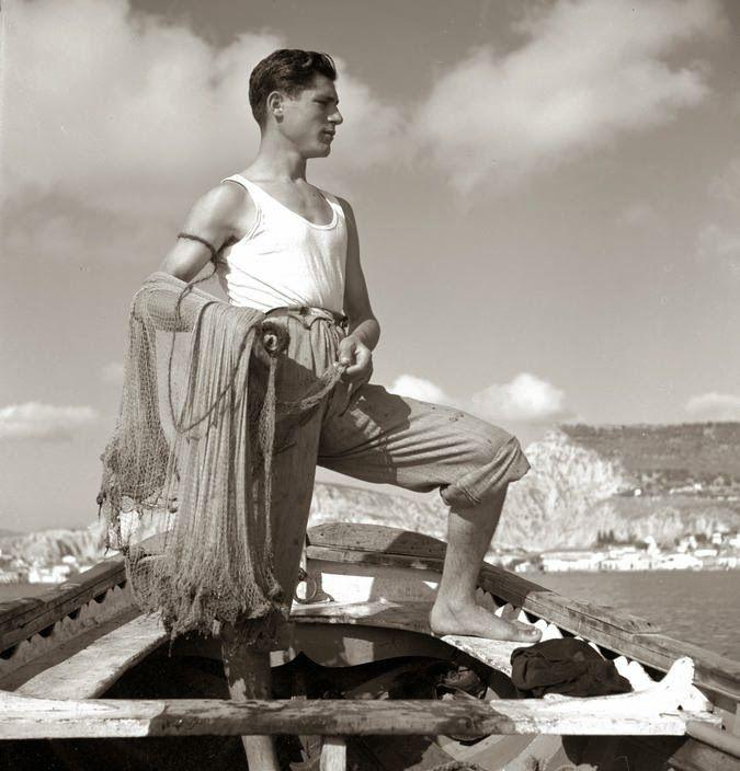Cyclades, île de Naxos. Pêcheur, 1938