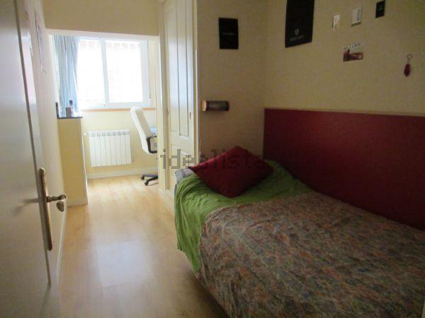 Imagen Dormitorio de piso en plaza Nuestra Señora del Tránsito, 2, Canillas, Madrid