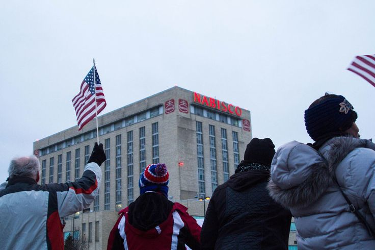 Nabisco workers rally outside of the Nabisco plant on South Kedzie to protest the outsourcing of hundreds of jobs to Mexico on February 21.