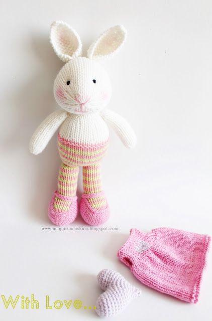 Knitting Bunny http://amigurumiaskina.blogspot.com.tr/2015/09/ilk-sis-orgu-oyuncak-denemem-pamuk.html
