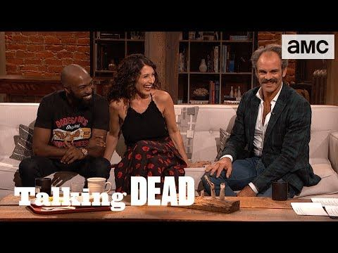 "'Rick & Negan Will Team Up' Lisa Edelstein & Desus Nice Predictions Ep. 805 ""The Big Scary U"" -- Desus Nice (Comedian, Co-host of Viceland's 'Desus & Mero') and Lisa Edelstein ('Girlfriends' Guide to Divorce') give their predictions for the rest of the season of The Walking Dead.  #TalkingDead #TWD #TheWalkingDead 