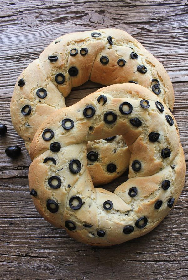 Olive Bread, fresh baked bread, yes you can and it is so delicious and so easy perfect with any meal or on it own.