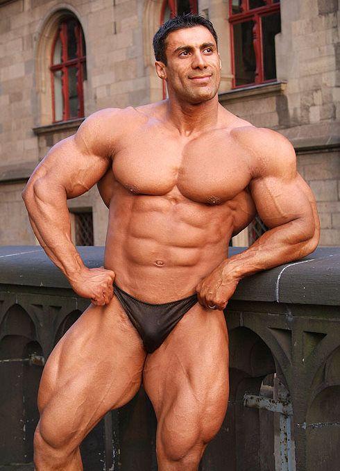Bodybuilder muscle worship