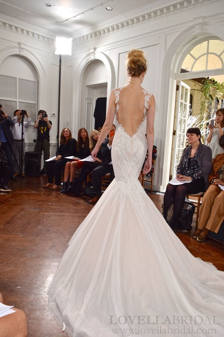 Ines Di Santo Fall Winter 2015 Couture Collection // Rome gown