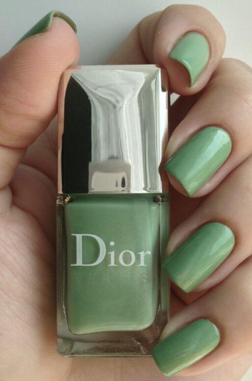 10 best DIOR images on Pinterest   Dior, Esmalte para uñas y Ave del ...