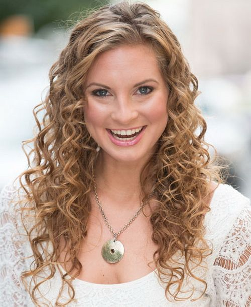 The 25+ best Easy curly hairstyles ideas on Pinterest | Hairstyles ...