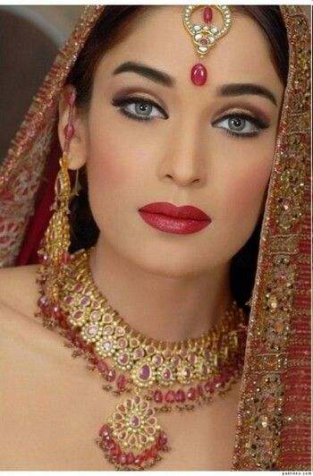 Beautiful Indian Bridal Make Up Great Idea For A Bold Eye Look