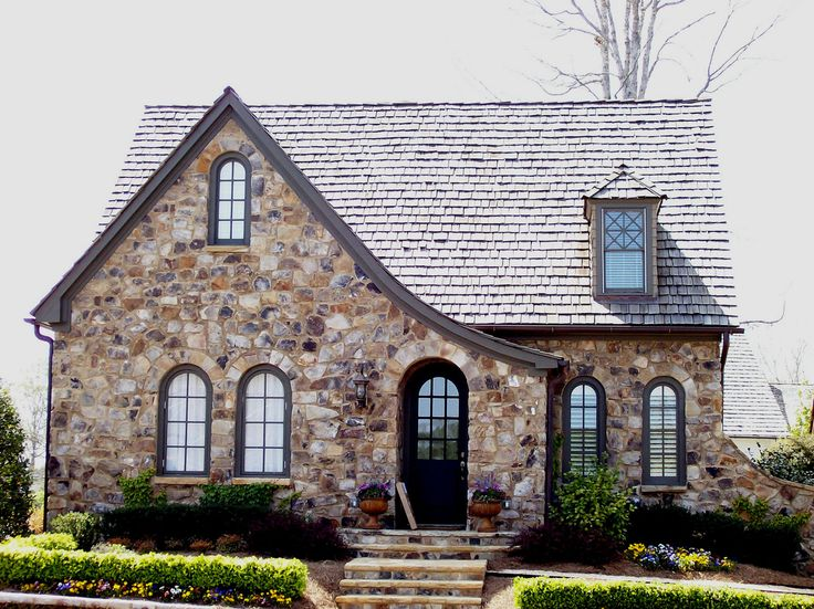 https://flic.kr/p/7h6YAY | Vickery Quaint Cottage Home with Stone Exterior