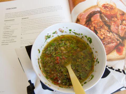 Chimichurri a la Braai uit het boke van Jan Braai, kan je helemaal maken naar je eigen smaak
