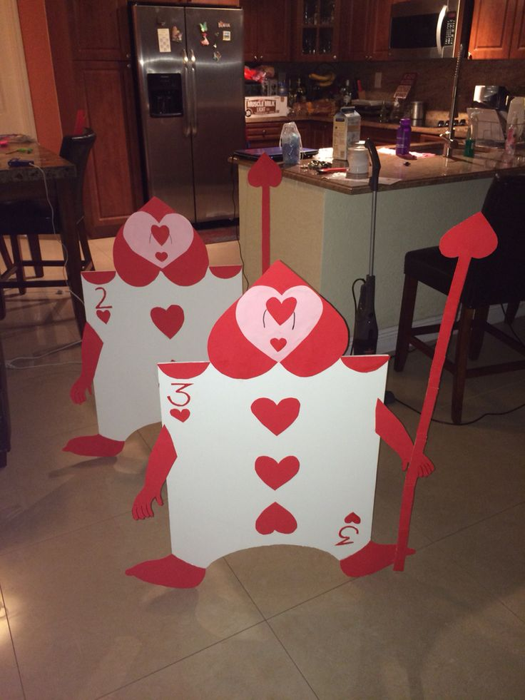 Alice in wonderland card soldiers for 1st birthday