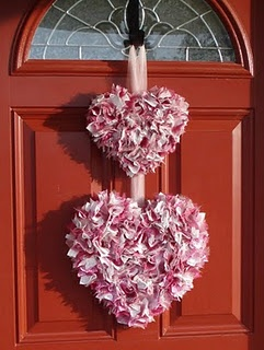 2 heart door decoration for Valentine's Day