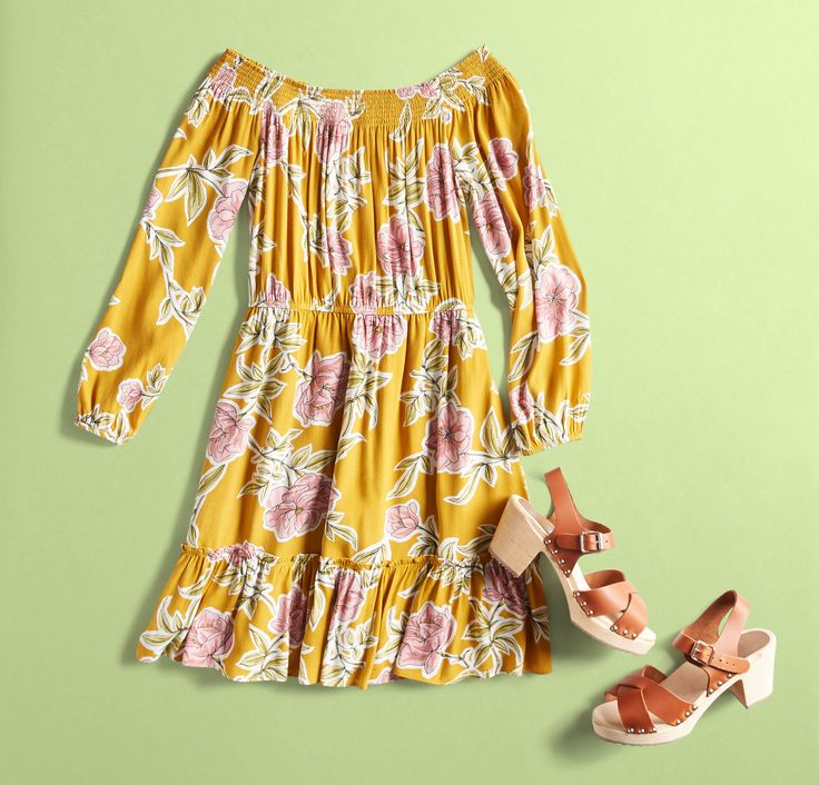 We've got looks that come with plans. If your month is packed full of Spring activities, see 30 outfit ideas for any April occasion.