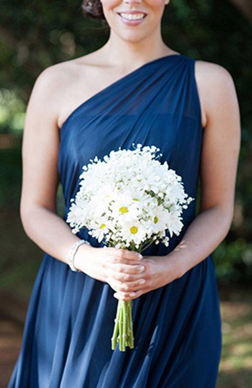 Bridesmaids daisy bouquet