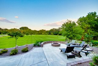 concrete patio – not colored, with paver border