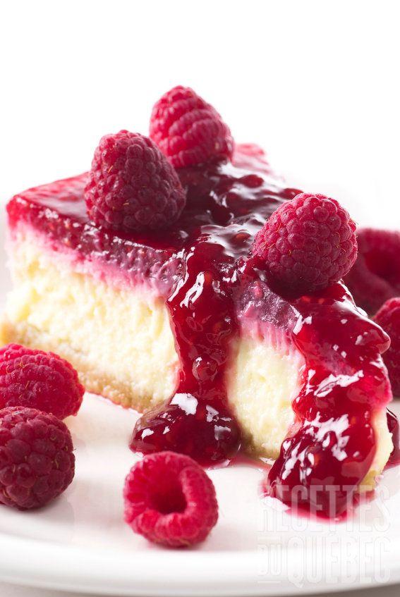 Gâteau au fromage facile et rapide et son coulis de framboise #recettesduqc #dessert #framboises