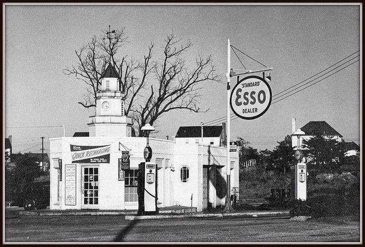 17 best images about esso filling gas station on pinterest old photos lady and vintage. Black Bedroom Furniture Sets. Home Design Ideas