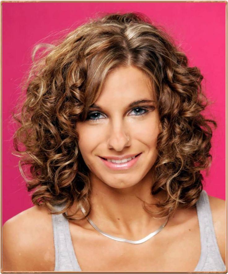 Brilliant 1000 Ideas About Curly Medium Hairstyles On Pinterest Medium Short Hairstyles For Black Women Fulllsitofus