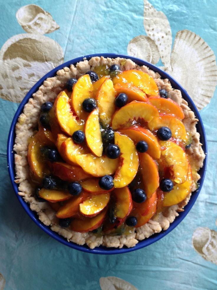 Fresh peach and blueberry pie | Desserts | Pinterest