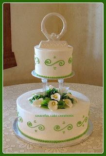 "Irish wedding cake. Click to read ""Five Irish Wedding Traditions""."