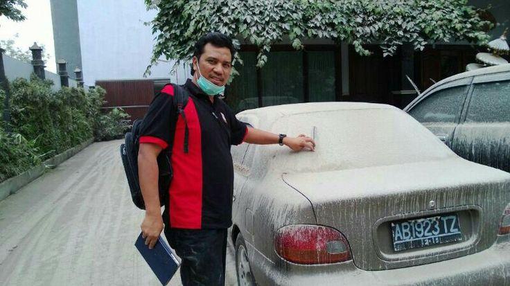 Tuan Asri di Indonesia - gunung berapi kelud meletus