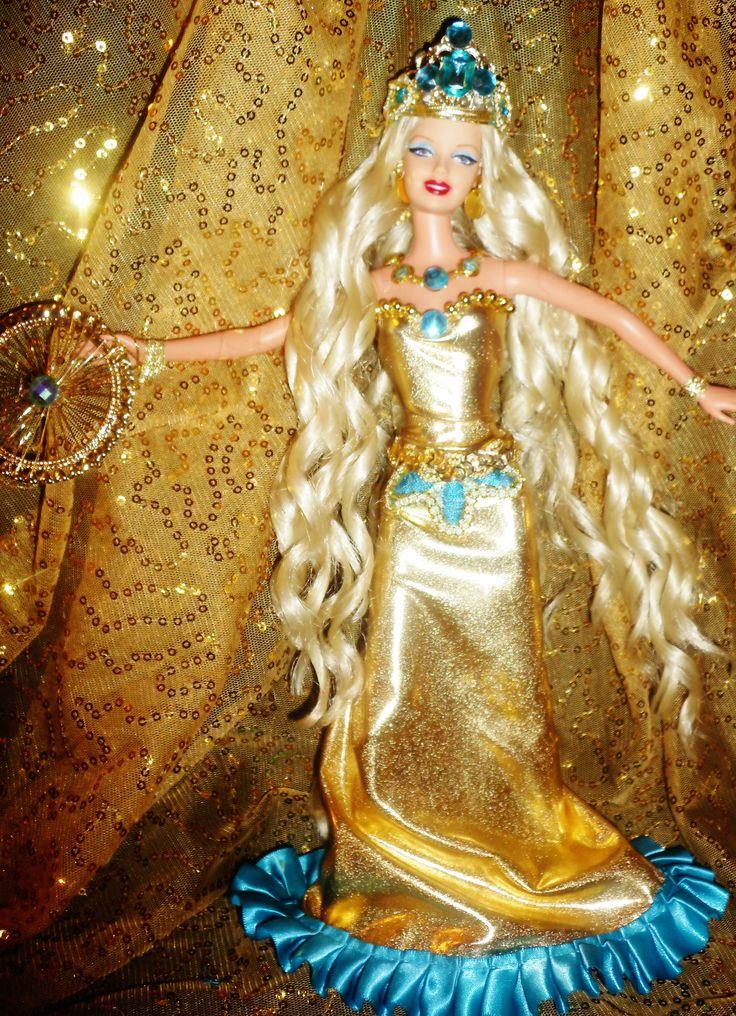 SOLD Italian Goddess of Fortune