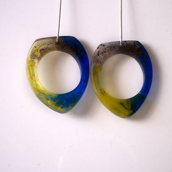 Unconventional & lovely Morning Dangle Earrings by karinadelirio
