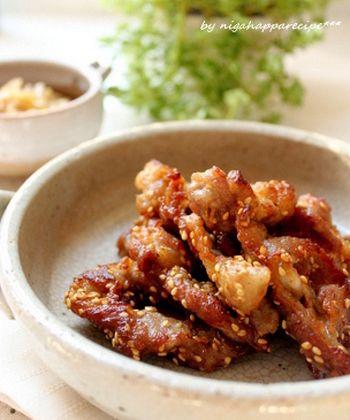 【おつまみ豚こま肉のから揚げ】  豚コマは安くて使い勝手もいい便利な食材です。下味をつけてから揚げにしちゃえば、立派なおかずに大変身です。