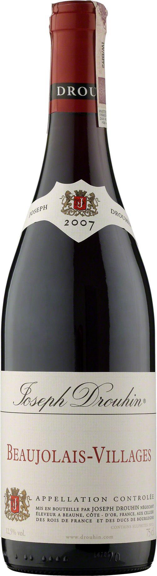 Drouhin Beaujolais-Villages A.O.C. Beaujolais-Villages to lekkie, czerwone wino produkowane w 100% z winogron gamay. Wyróżnia się owocowym aromatem wiśni, śliwek, malin, truskawek i bananów. Czasami pojawia się aromat fiołków. Powinno się je spożywać gdy jest młode i lekko schłodzone. Jedno z najlepszych win apelacji Beaujolais Villages. #Wino #Winezja #Burgundia