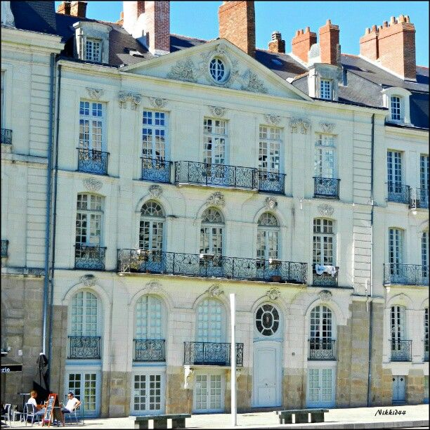 Un immeuble sur l'île Feydeau à Nantes, ensemble d'immeubles que détenaient les armateurs qui au XIXème siècle assuraient le commerce triangulaire.