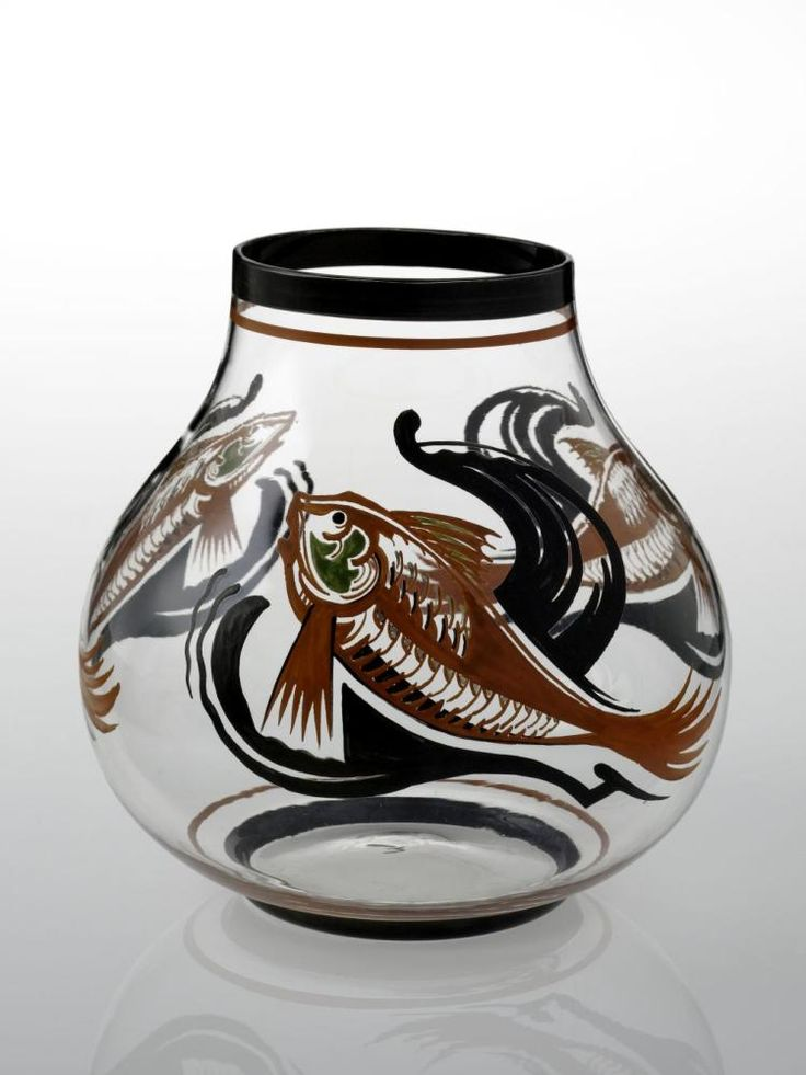 Vase by A.J. van Kooten, 1930. Het Nationaal Glasmuseum, CC BY
