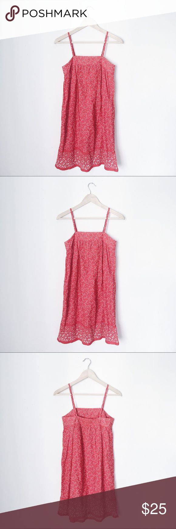 GAP FLORAL BRANCHES FEMININE DRESS BUST: 15 inches. LENGTH: 36 inches. GAP Dresses