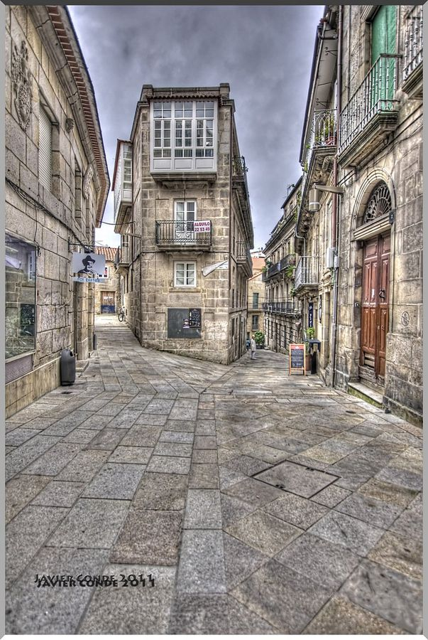 Casco Vello, Vigo, Pontevedra, España (Spain)...y el Fai Bistes a mano izquierda! ;)