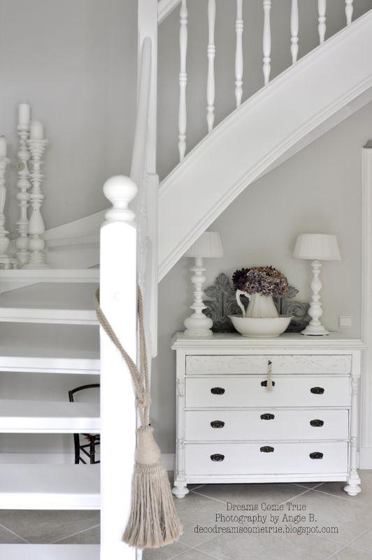 Escadas e Comode – #Code #Makeover #Stairs   – HOME️