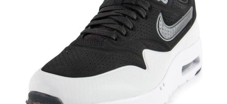 Air Max 1 Ultra Moire à 87 € au lieu de 145€ sur http://chaussure-en-ligne.com/news/soldes-2eme-demarque-air-max-1-ultra-moire.html #NikeAirMax
