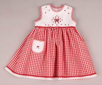 Margarita Moldes, artesana bordadora: Vestidos