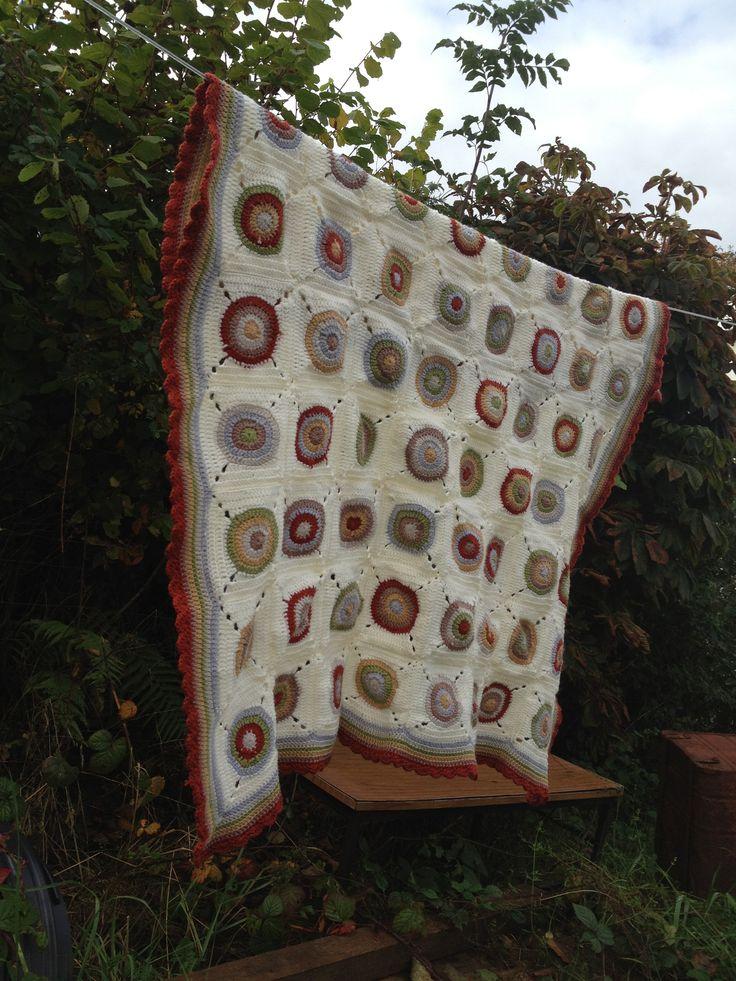Bullseye blanket, autumn tones