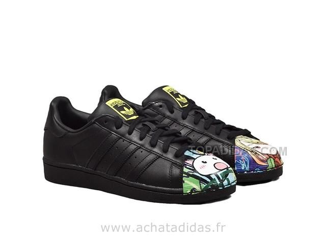 designer fashion ffc5b 6ec68 Cheap Adidas Originals X Farm Women s Crochita Floral Print Superstar