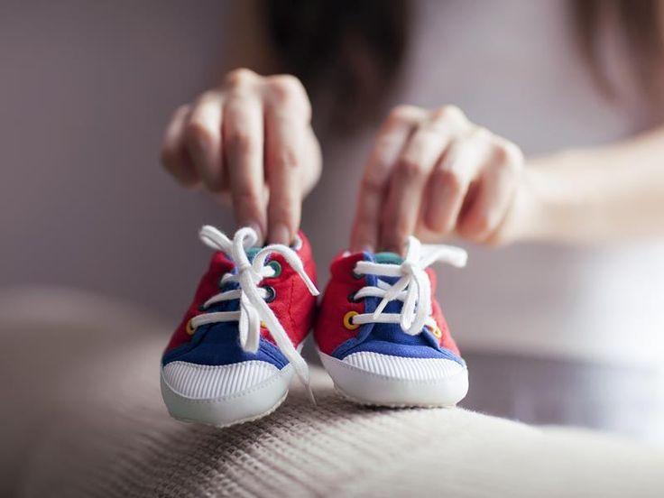 Первые шаги ребенка обувь