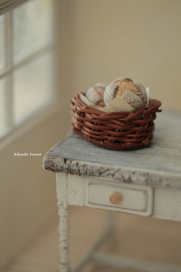 https://flic.kr/p/HDZudG | Miniature Food - Dollhouse Assorted Breads,with Rustic basket | www.etsy.com/listing/385047746/miniature-food-dollhouse-a... #miniaturefood #dollhouse #bread #frenchstyle #baguette #pastry #パン #kikuikestudio #rustic