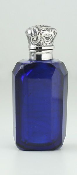 1912 FACET CUT COBALT GLASS SCENT PERFUME BOTTLE, STERLING SILVER TOP